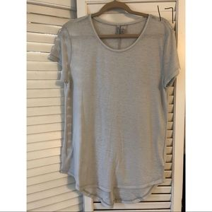 DIVIDED Gray top, longer in back, size M